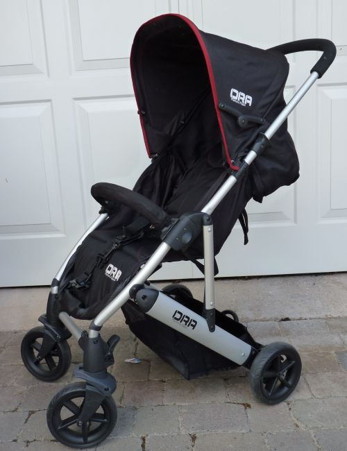 Mamas and Papas Ora Pushchair